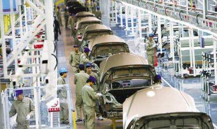 汽车销售管理新政七月实施  汽车厂商仍在观望