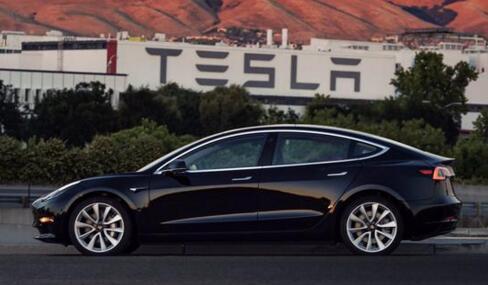 """特斯拉第一辆Model 3完成生产!正进行最后的检验  """"美照""""曝光"""
