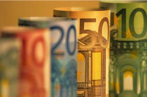 路透:欧洲央行将削减刺激计划  QE明年将功成身退