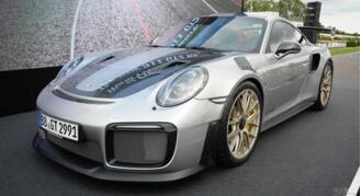 保时捷家族最快911 GT2 RS跑出了6分48秒75的圈速