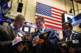 美股周五三大股指收高  道指创下年内第53次历史新高