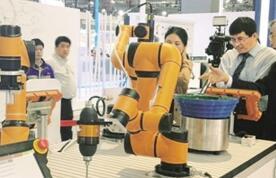 机器人新产品传递出行业发展新动向—— 人机协作引领机器人产业新趋势
