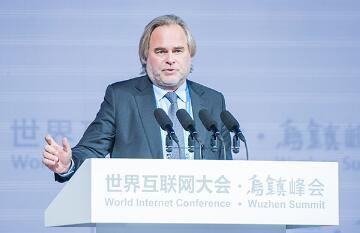 卡巴斯基实验室创始人和主席尤金:每天新增30万病毒 基础设施安全像手机一样脆弱