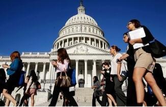 美国连续第七年新增就业逾200万