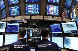 美国股市创新高 标普500指数至2,713.06点,为历史最高收盘