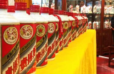 茅台酒厂调价后一级经销商的利润为530元/瓶 一吨利润超过18.5万