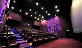 2017影市进入500亿时代,大部分国产电影仍亏钱