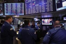 环球新闻:欧美股市再创新高纪录 黄金续涨创四个月新高