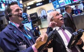 美股情报:标普500指数与纳指创历史新高 道指本周收在26000关口