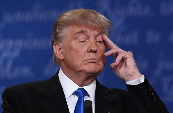 特朗普称:如果美国政府停摆状态僵局持续 应该动用核选项