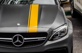 中国2017年高档车销量出炉:奔驰年销售约61万辆 首次跃居榜首