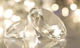 德御系告诉你钻石等级划分与4C原则