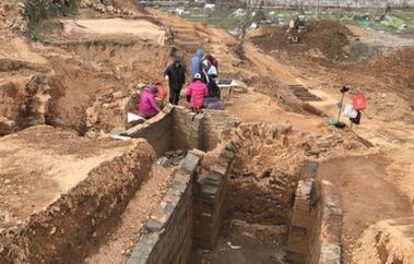 萧山湘湖挖出千年古墓群 墓葬年代以两汉时期为主