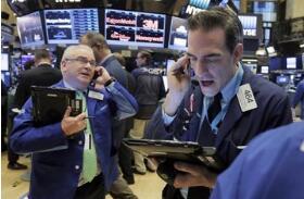 外媒:股市暴跌不太可能严重挫伤美国经济