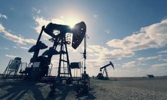 美、布两油价格在周一升至两周高位