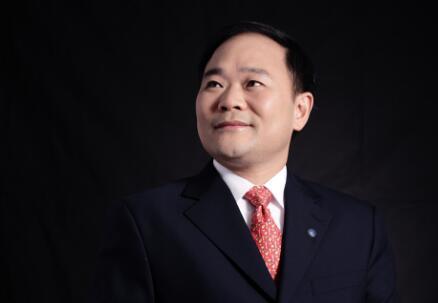 李书福吉利集团90亿美元入股戴姆勒成为最大股东