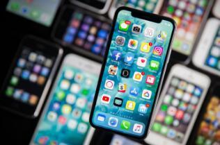 专家计算苹果设备的平均使用寿命为四年多一点儿
