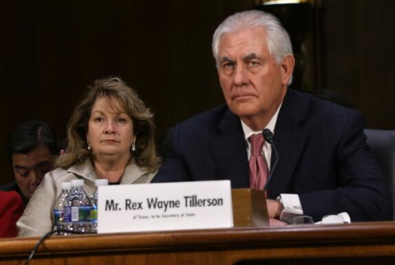 美国总统特朗普通过Twitter宣布解除国务卿蒂勒森的职务