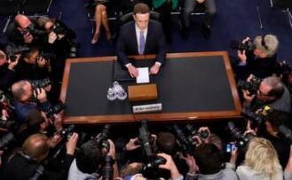 扎克伯格证征服华尔街:Facebook股价周二飙升4.5%