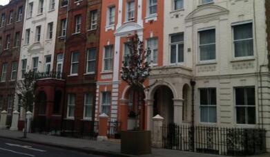 英国房价在4月份创下近八年中最大跌幅
