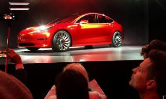 Model 3上周产量5000辆 特斯拉达到制造里程碑