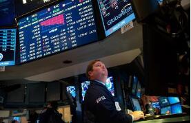 美股:标普500指数下跌0.5% 道琼斯指数下跌0.5% 纳斯达克综合指数下跌0.9%
