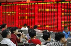 午评:沪指半日跌0.34% 2700点失而复得  航空乡村振兴等题材股走势活跃