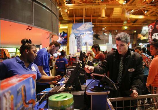 美国6月零售销售增长6.6% 预示二季度经济势头强劲