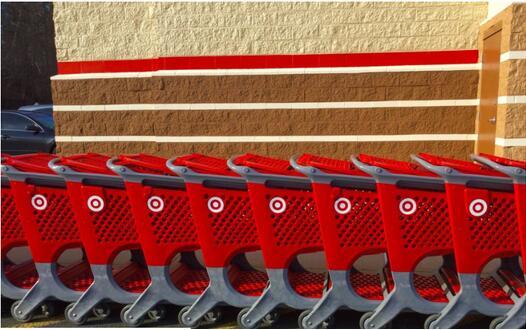 亚马逊创造的购物节迫使其他零售商疯狂促销