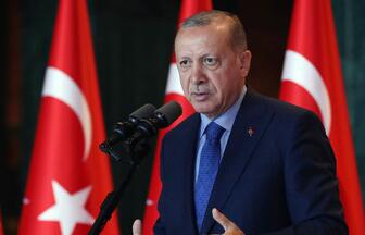 土耳其总统埃尔多安为保护经济免受与美国交恶所累与德国总理默克尔通话