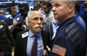 美股:美股温和上扬,纳指与标普500指数再创盘中与收盘历史新高