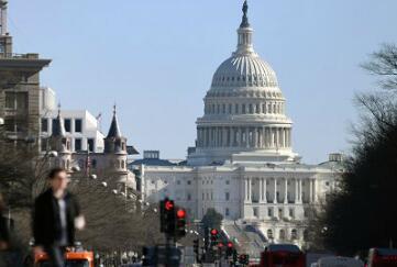 贸易专家:美中期选举后国际贸易形势会变得更严峻
