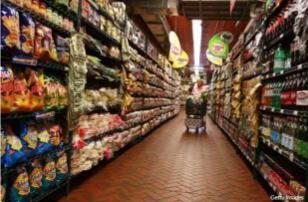 美国7月消费者信贷加速增长