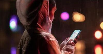 全球大公司新闻:苹果发布大屏新手机iPhone XR  美光等芯片股集体下跌