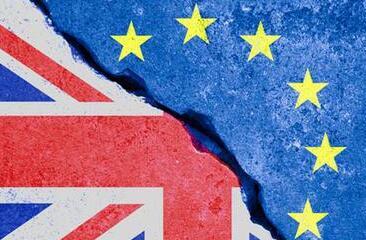 英国为脱欧谈判进行最后冲刺 无协议脱欧几率倍增