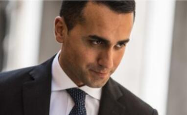 """意大利副总理指责欧盟在其预算问题上""""贩卖恐慌"""""""