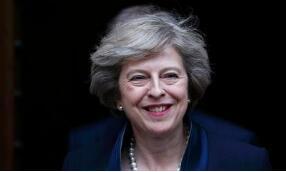 英国首相特蕾莎·梅表示脱欧协议接近达成   英镑兑美元上涨逾30点