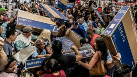 黑色星期五购物在线销售额达到创纪录的62.2亿美元