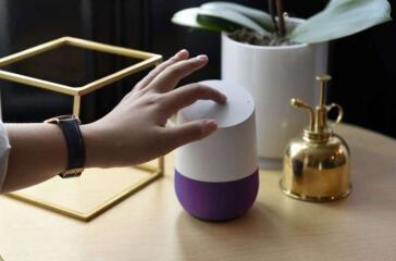 谷歌的小型硬件业务正在形成,到2021年可以预订200亿美元的销售额