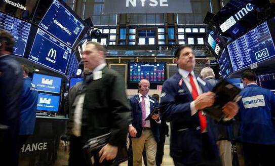 一年前,FAANG股票是一个热卖股——他们正站在这里迎接2019年
