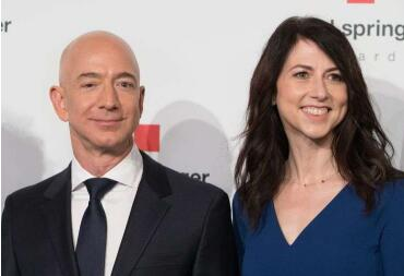 亚马逊首席执行官杰夫·贝佐斯(Jeff Bezos)和妻子麦肯齐(MacKenzie)正在离婚