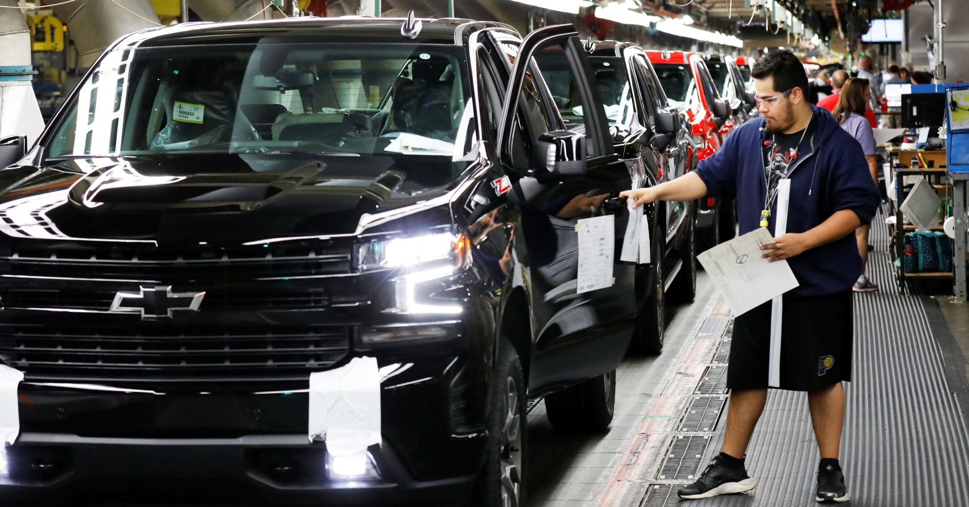 2018年全国汽车销售同比下降2.8% 新能源汽车增逾六成
