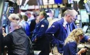 随着焦点转向美联储的政策会议,美元大跌