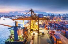 中国和新加坡经贸合作发展势头良好