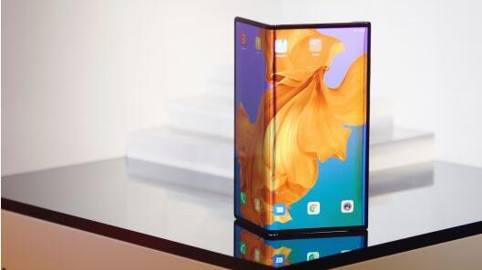 苹果公司的iPhone玻璃供应商表示,折叠式手机将在几年内上市