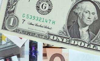 英国退欧最后期限延长,美元小幅走低,英镑走高