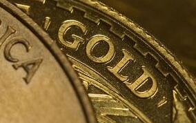 随着美国经济衰退担忧增加避险资产,周一黄金上涨