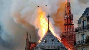 巴黎圣母院火灾后如何重建?马克龙:将发起国际募款