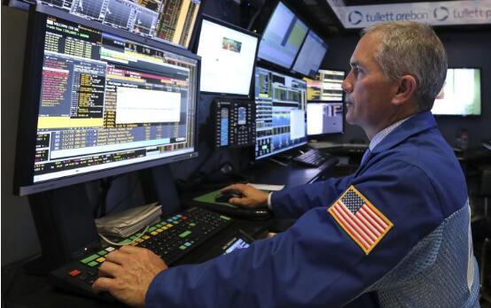 周一美股收盘表现平平   因为华尔街正准备迎接一场企业盈利大潮