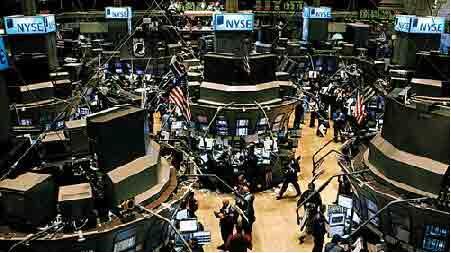 美股周四大跌,道指跌近290点,科技股集体下跌